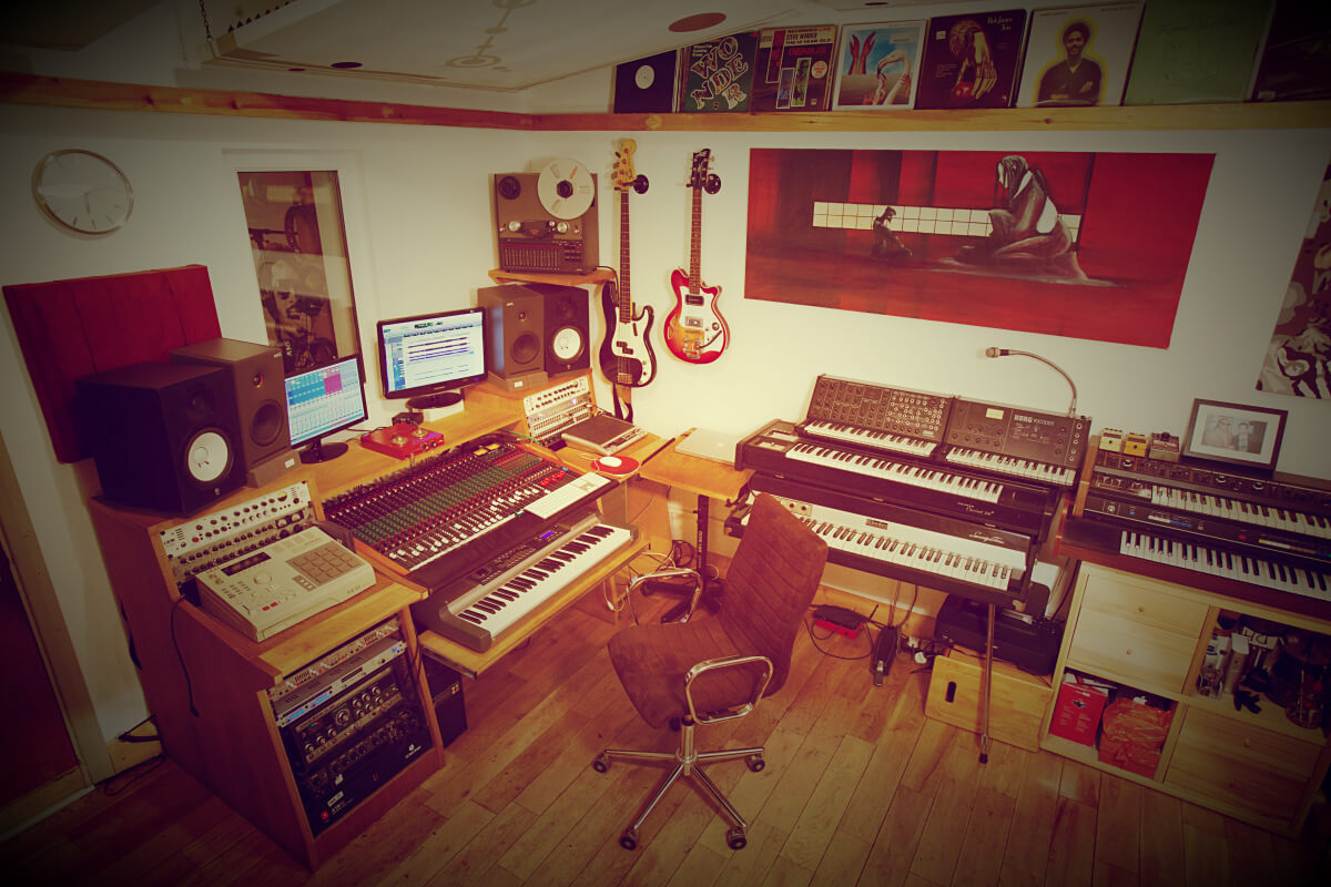 Excellent Music Production Recording Studio In London Largest Home Design Picture Inspirations Pitcheantrous