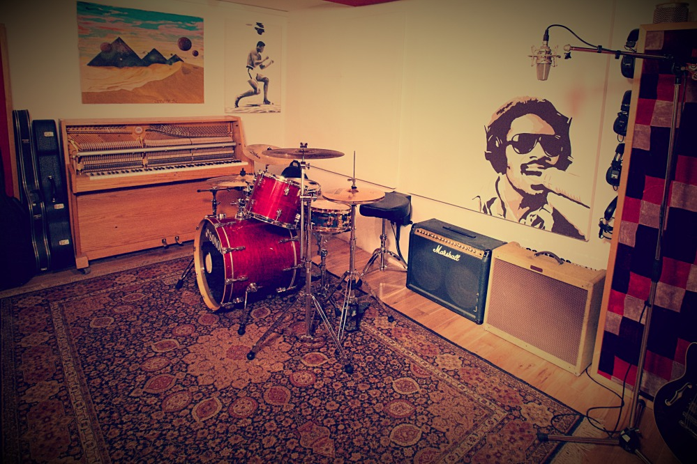 We have a range of modern and vintage drum kits available at our recording facility in Clapham, London.